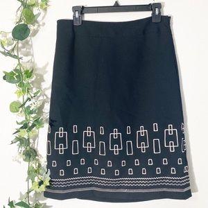 ⭐️ Ann Taylor Black Geometric Embroidered Skirt